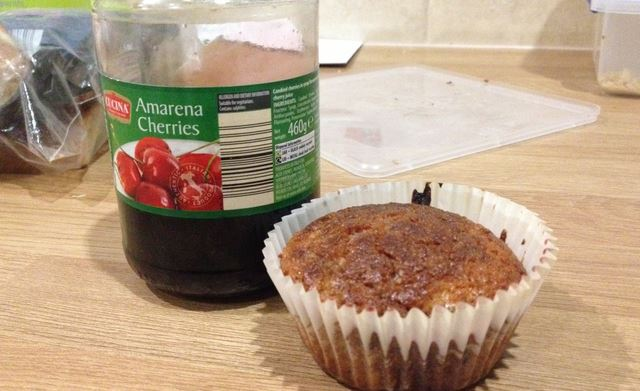 Cherry and vanilla gluten free muffin buns